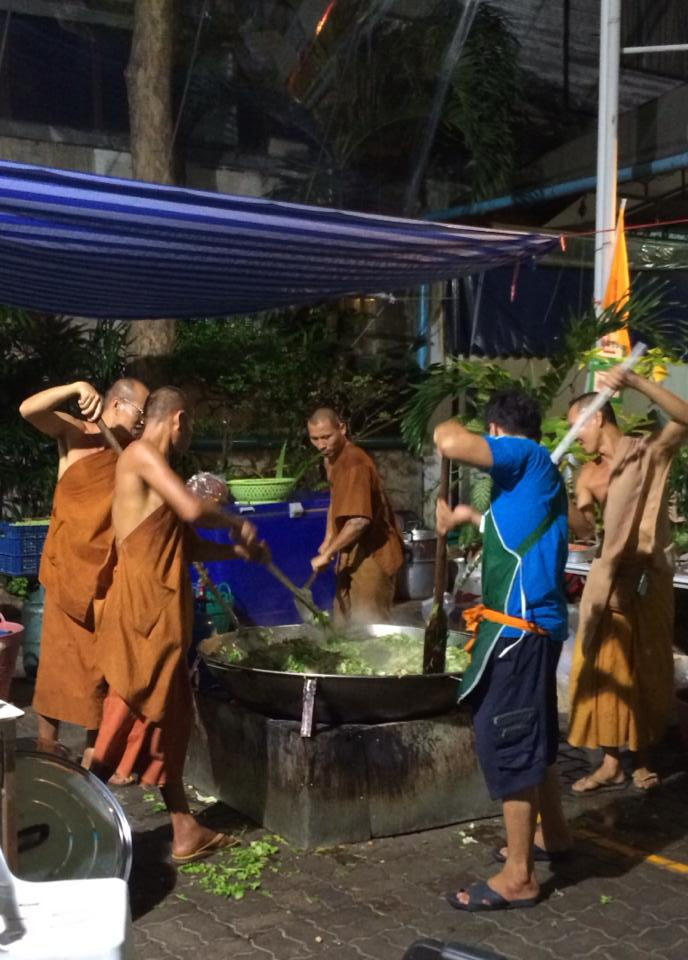 Thai monks cooking food for protesters BKK.jpg