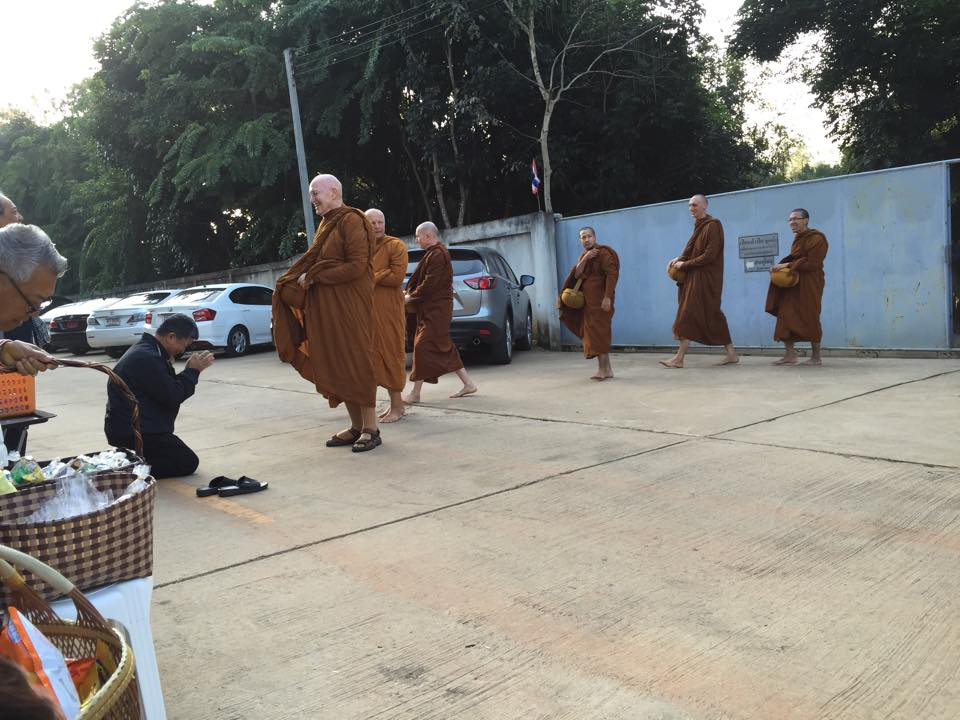 LP Sumedho at Wat Ratanawan 31-12-2014.jpg